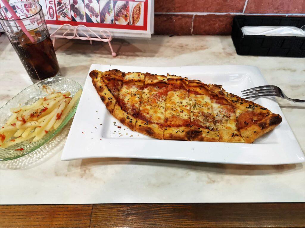 中野 Divan(ディバン) トルコピザ